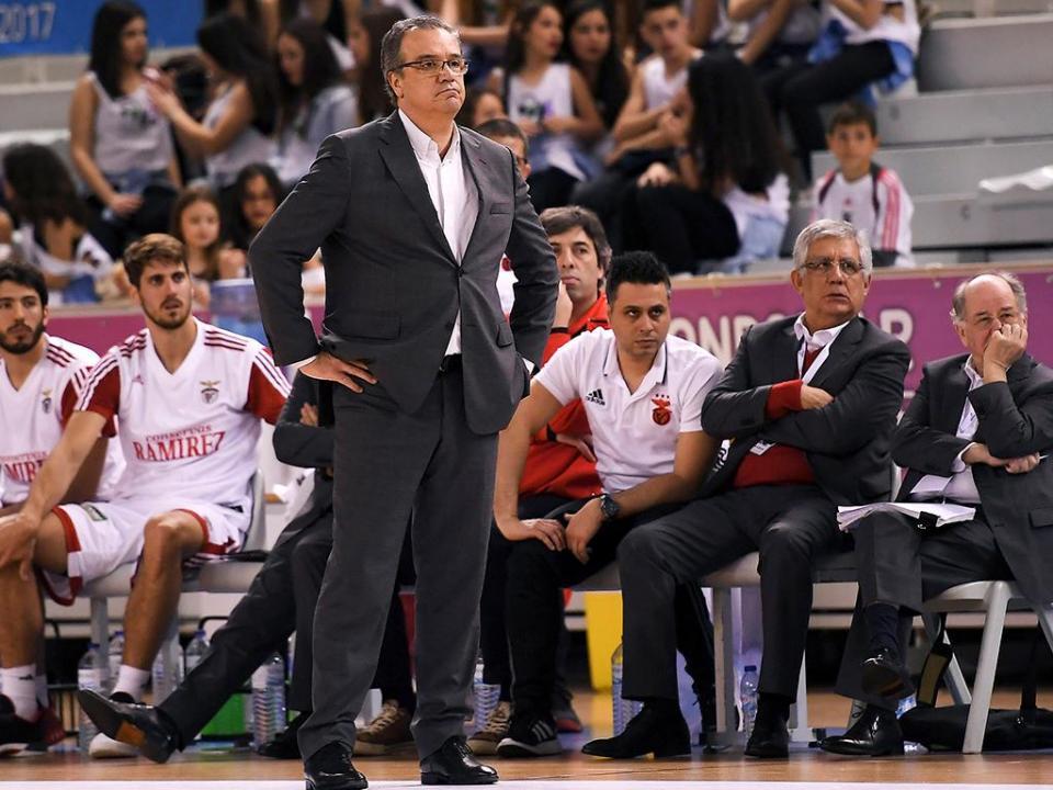 Basquetebol: Benfica perde, FC Porto aumenta vantagem na liderança