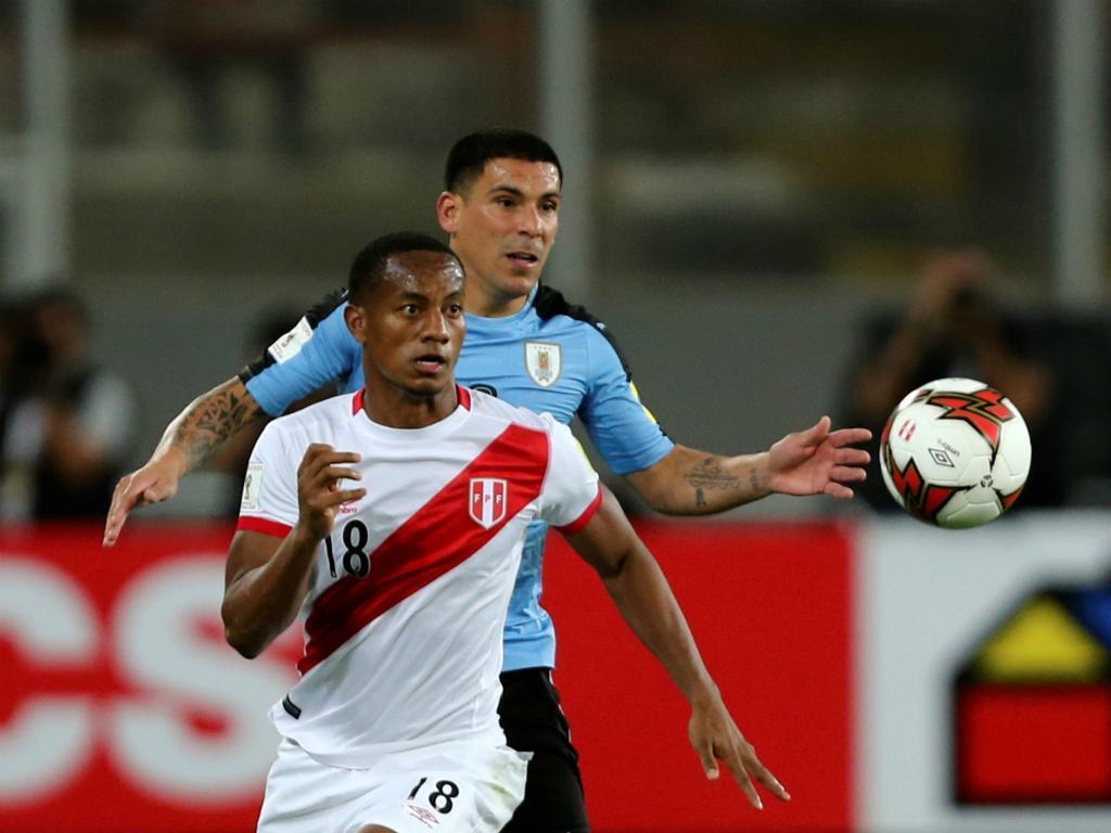 Carrillo e Hurtado chamados à seleção peruana