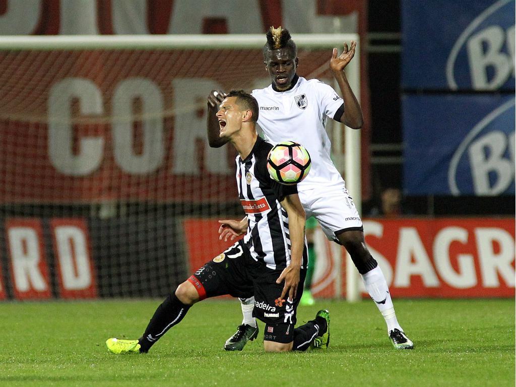 V. Guimarães: Sacko salta para a equipa principal