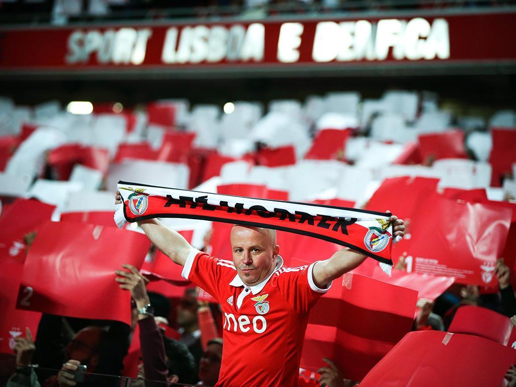 Benfica elogia FC Porto pela demarcação do cântico