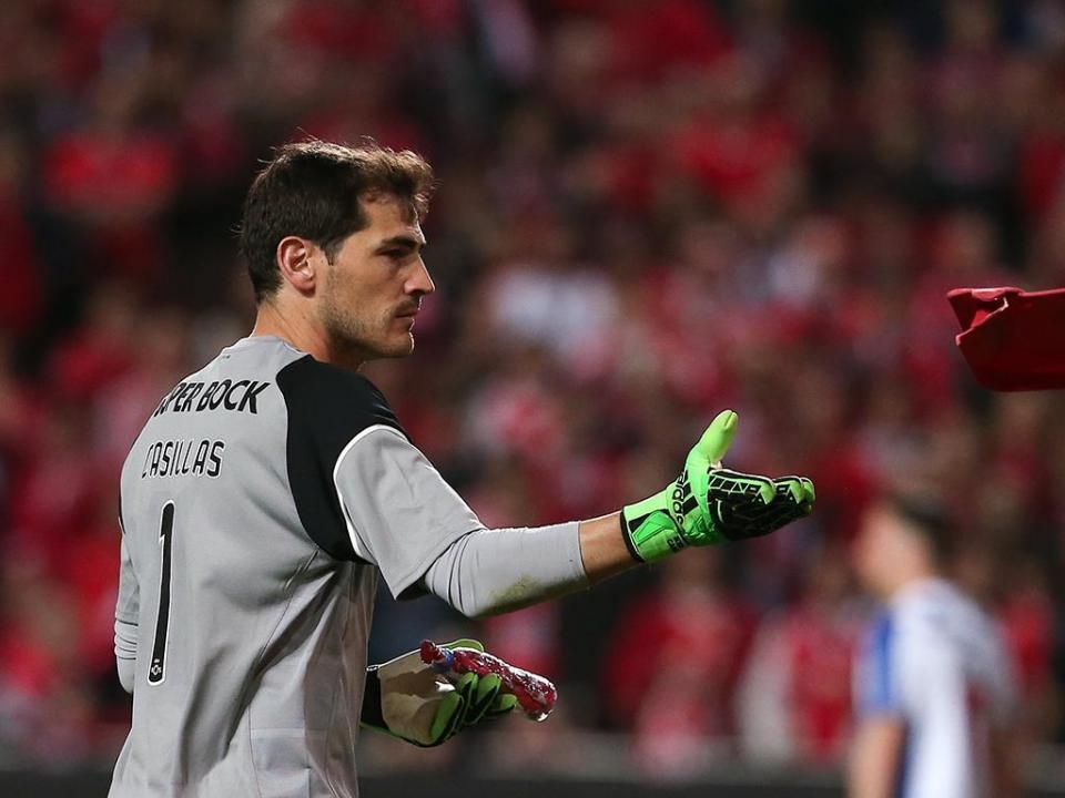 FC Porto: último treino no dia de aniversário de Casillas
