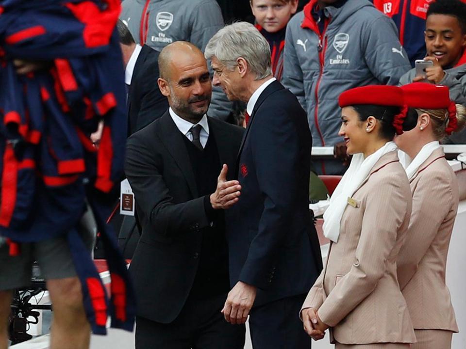VÍDEO: o diálogo misterioso entre Wenger e Guardiola