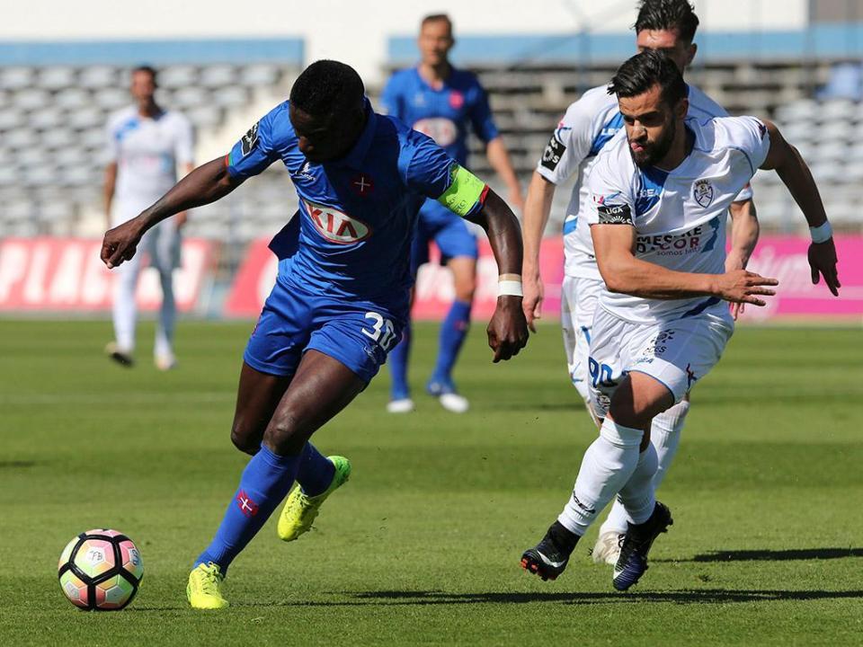 Belenenses-Feirense, 1-2 (resultado final)