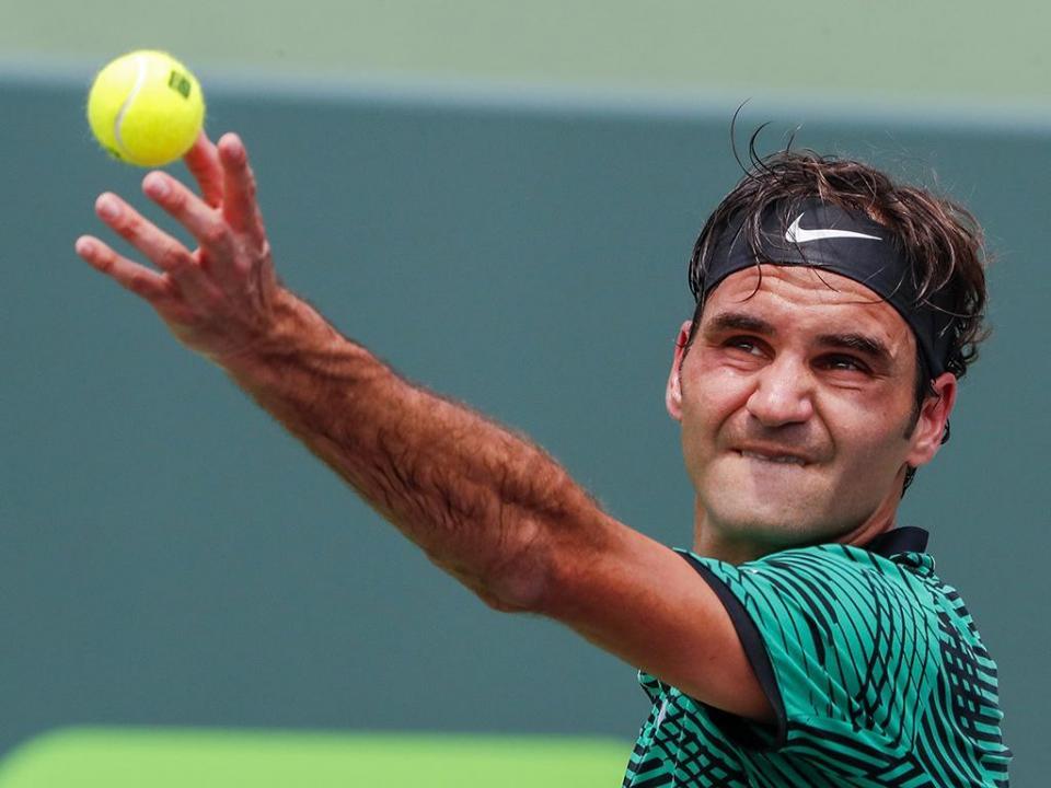Federer admite ausência até Roland Garros