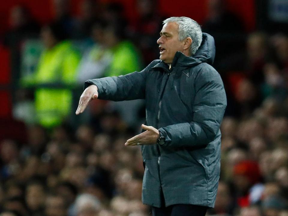 Mourinho: «Shaw jogou com o corpo dele mas com o meu cérebro»