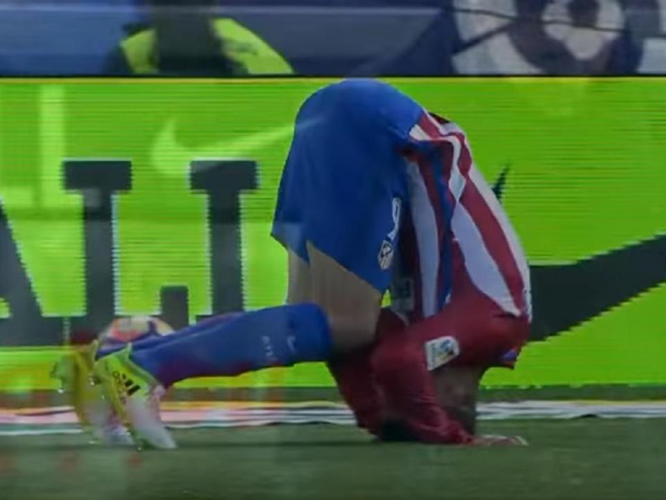 VÍDEO: será este o pior duplo falhanço da carreira de Torres?