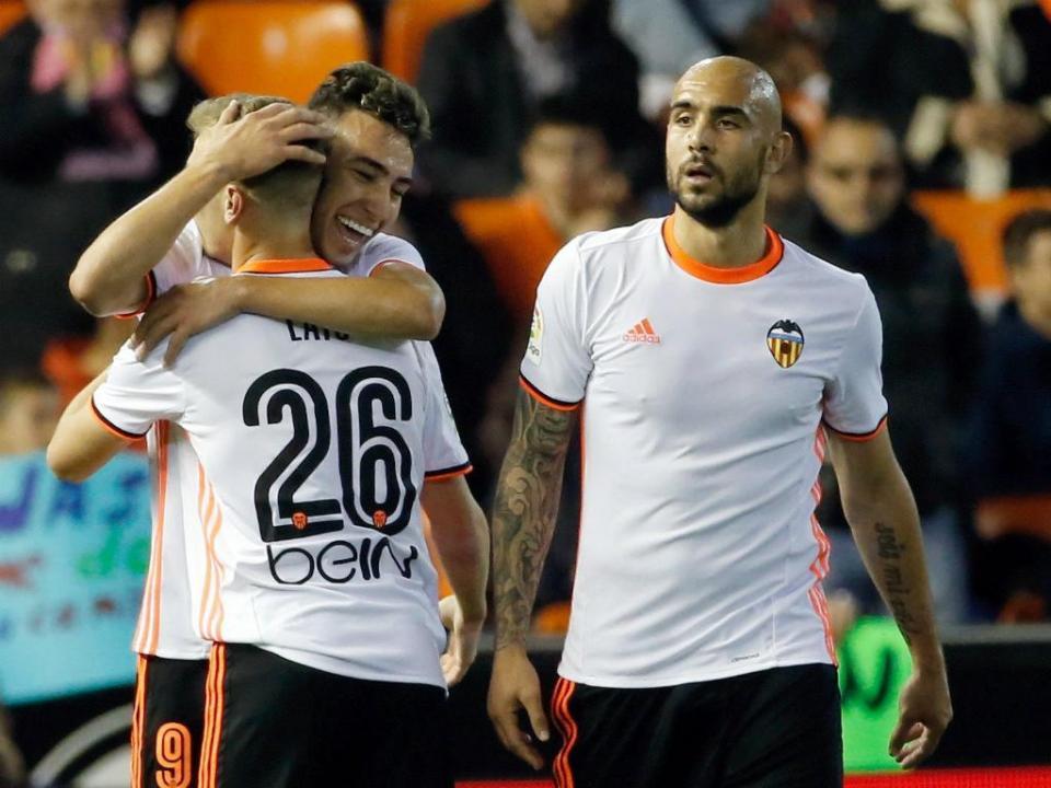 Valencia soma terceira vitória consecutiva em Granada