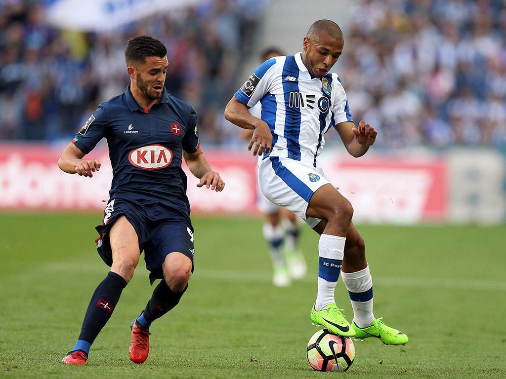 FC Porto: Aboubakar, Brahimi e José Sá às ordens de Conceição
