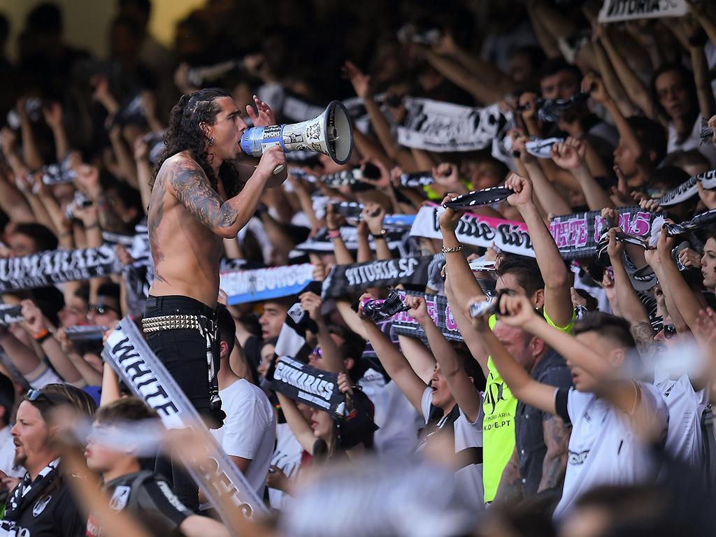 V. Guimarães: setor ultra novamente com cadeiras por imposição da UEFA
