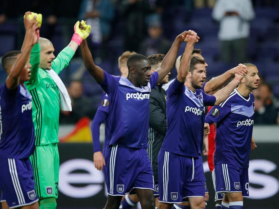 Bélgica: Anderlecht (e Diego Capel) é campeão