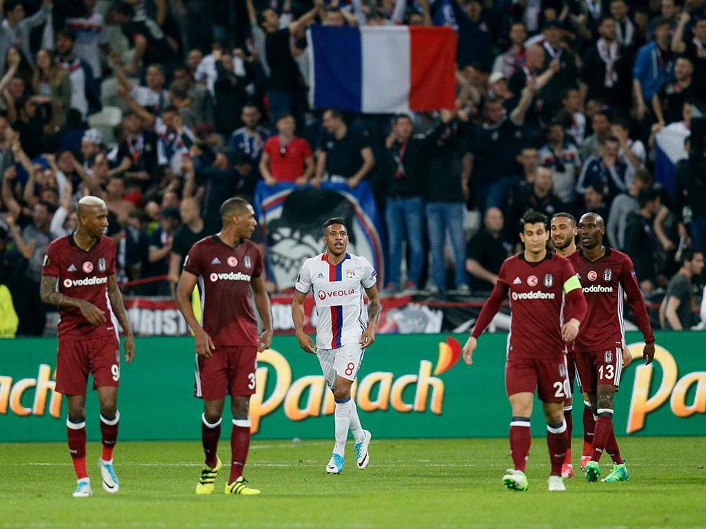 Santos vai receber valor por venda de zagueiro ao Lyon