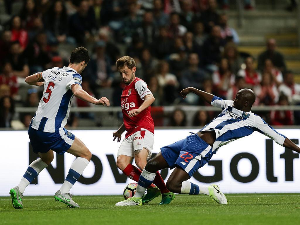 FC Porto mantém-se no topo com vitória em Braga