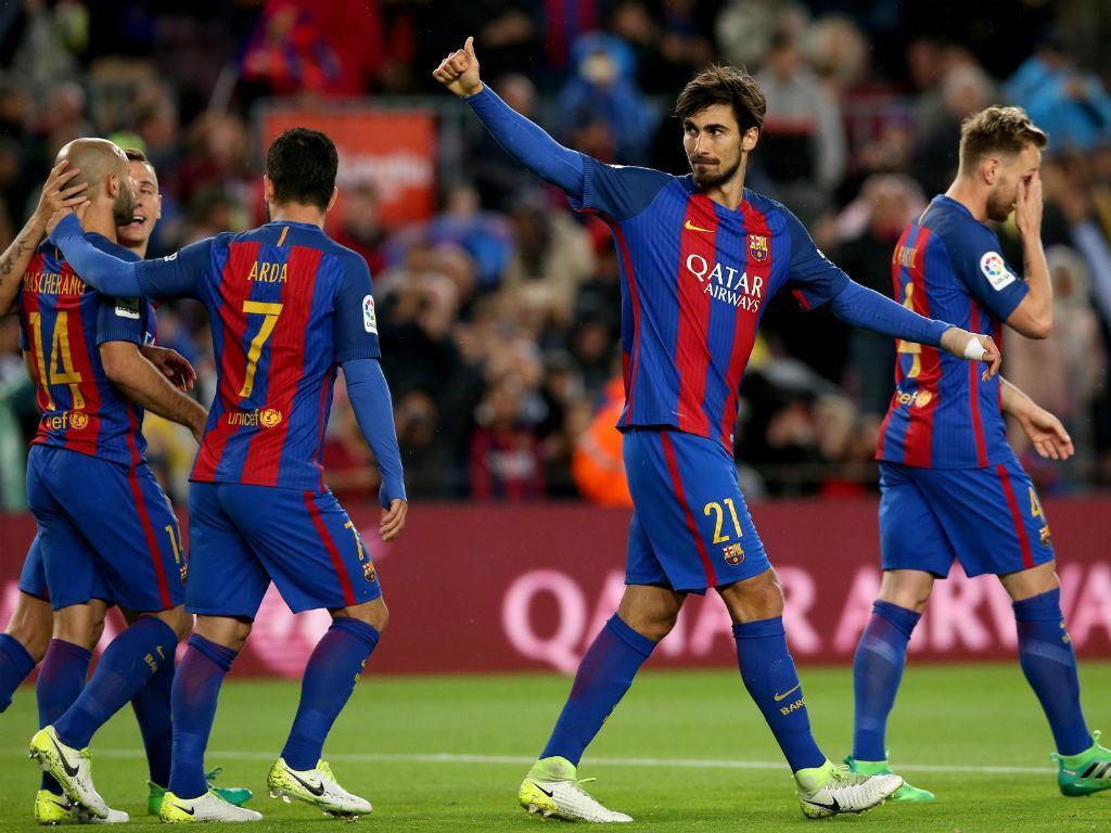 Espanha: André Gomes não segue para estágio com o Barcelona