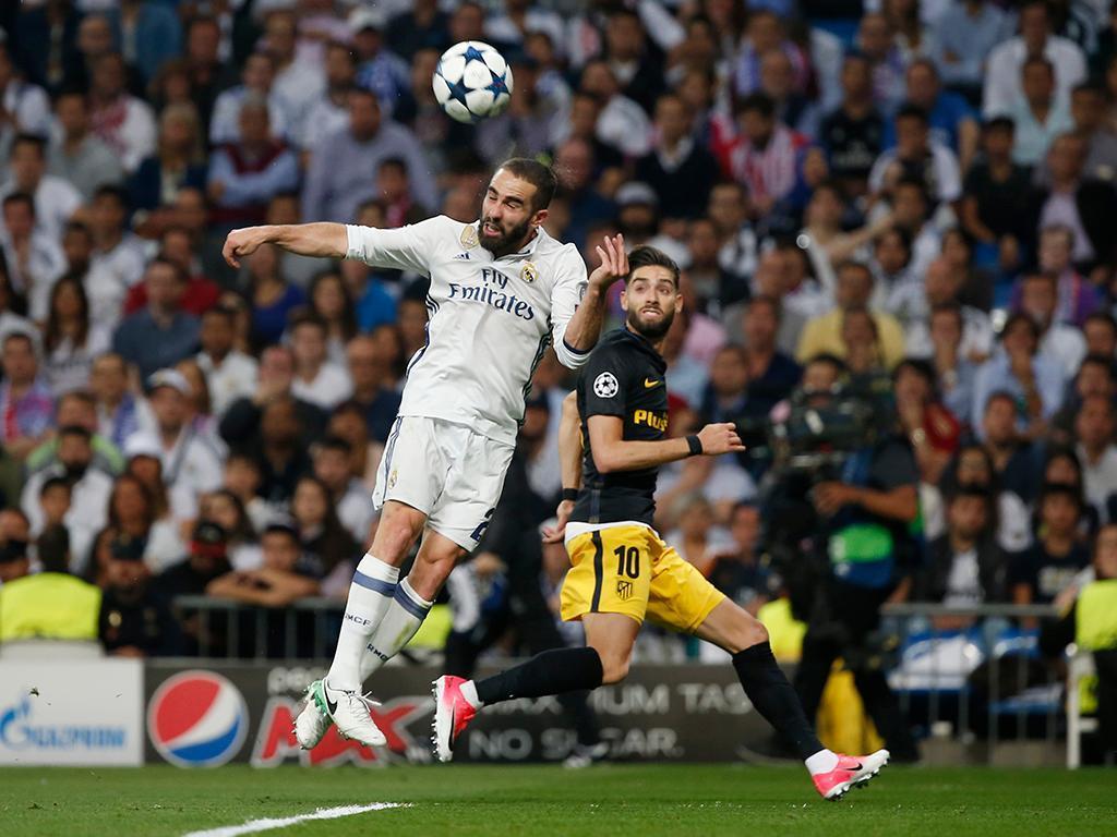 OFICIAL: Carvajal renova com o Real Madrid até 2022