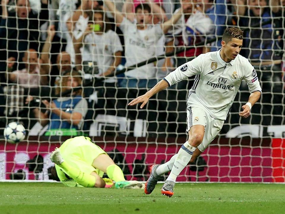 «Se o Cristiano Ronaldo olhar para o céu, cai um avião»