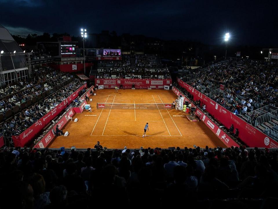 Estoril Open: Pedro Sousa e Gastão Elias abrem quadro principal