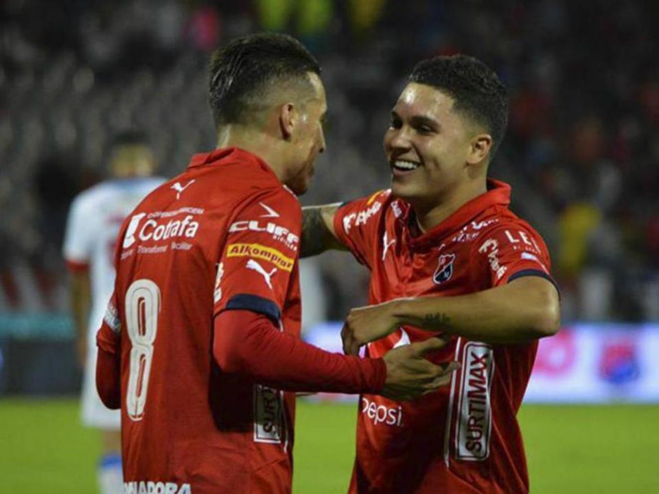 Colômbia: Quintero nos pré-convocados para o Mundial