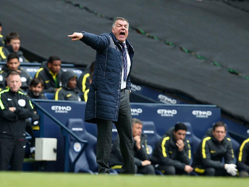 Allardyce e o dérbi: «Não queremos jogar nas mãos do Liverpool»