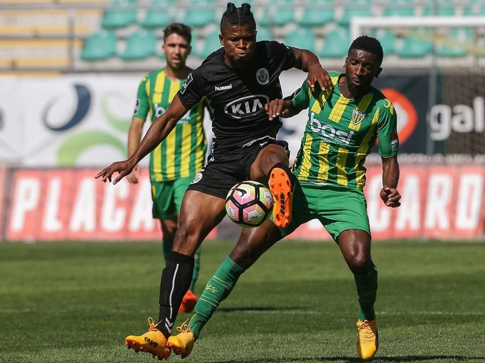 Mikel: «Espero jogar pelo FC Porto na próxima época»