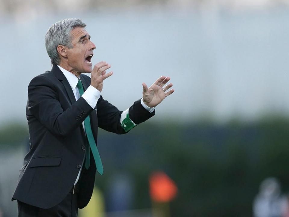 Luís Castro: «Futuro? Poderá ser o Chaves, mas há outras equipas»
