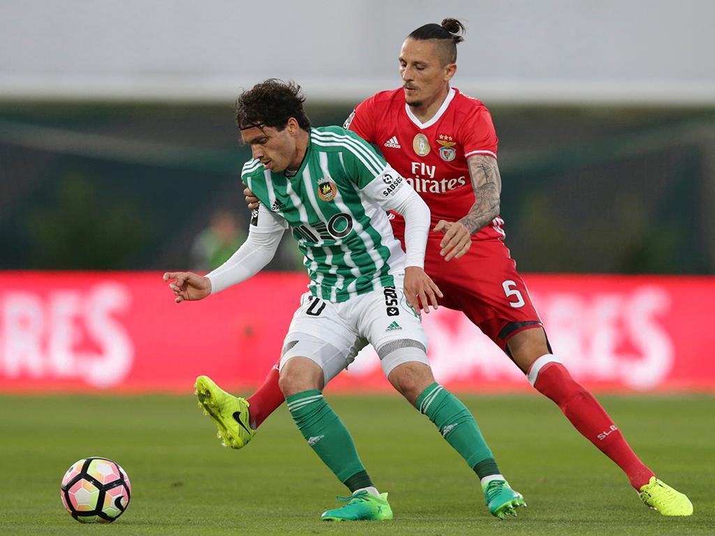 Krovinovic anunciado como reforço do Benfica
