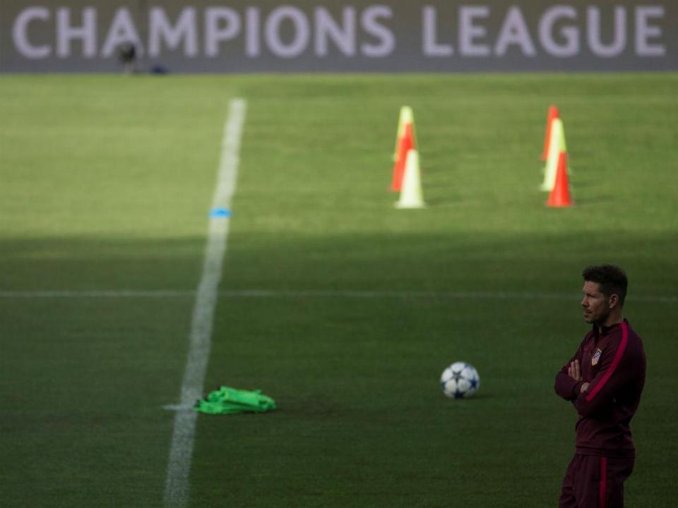Simeone adivinhou expulsão no jogo com o Arsenal