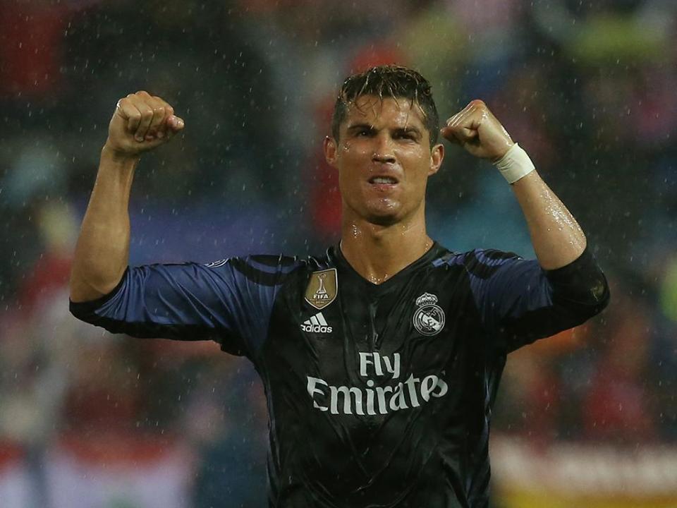 Cristiano Ronaldo recebe mais um prémio em Espanha