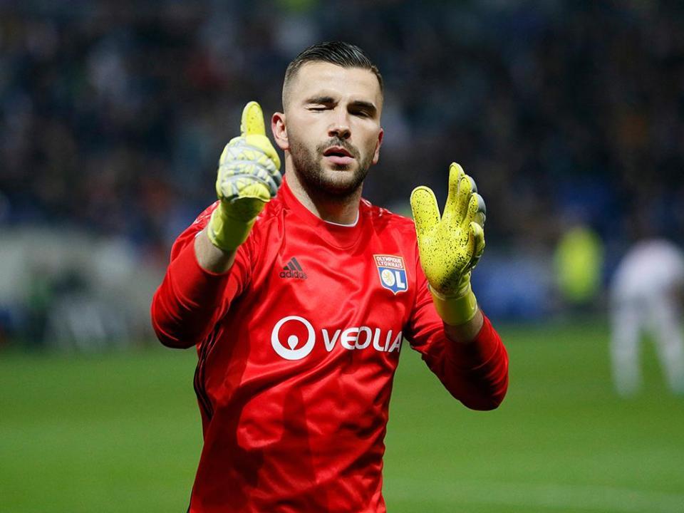 França: Lyon deixa fugir vitória ao minuto 90