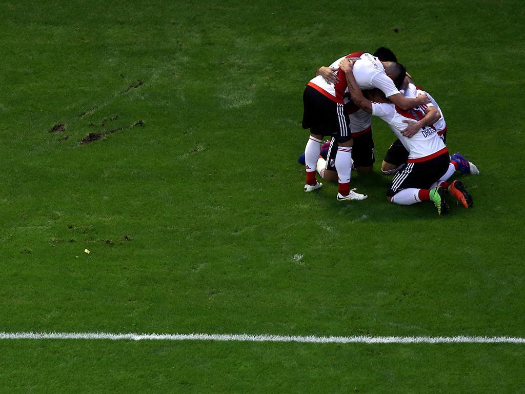 River Plate perde no Monumental, Boca fica muito perto do título