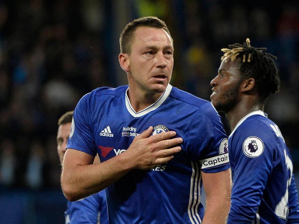 OFICIAL: John Terry deixa Aston Villa