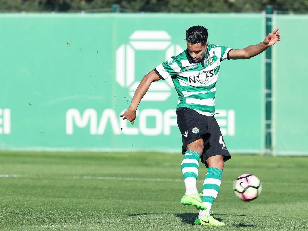 Sporting B cede empate nos descontos com a Académica