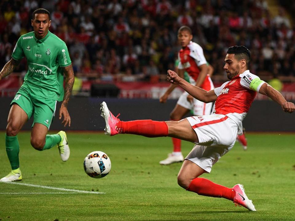 França: Mónaco goleou em Saint-Étienne com Rony e Moutinho (4-0)