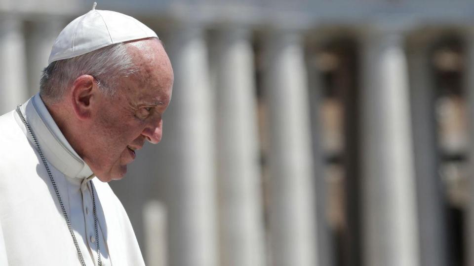 Papa Francisco aproveita oração dominical para confortar brasileiros