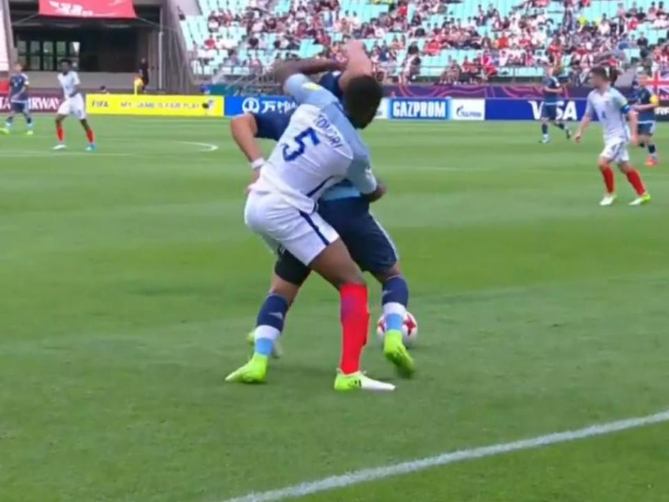 Mundial sub-20: vídeo-árbitro leva a expulsão no Argentina-Inglaterra