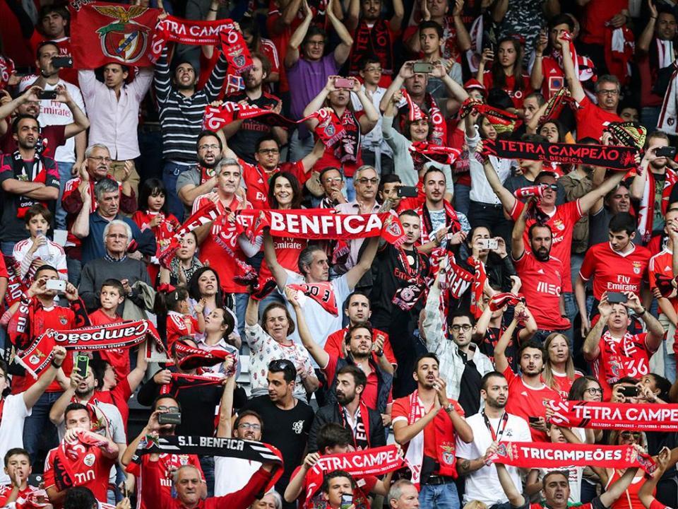 Benfica paga mais de onze mil euros em multas