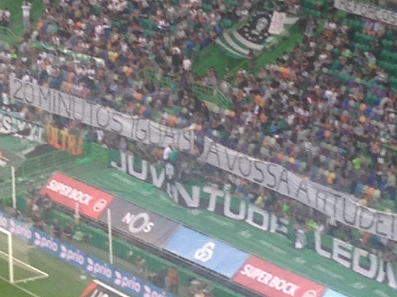 Sporting: claques calam-se 20 minutos e desejam boa viagem a Ruben Semedo