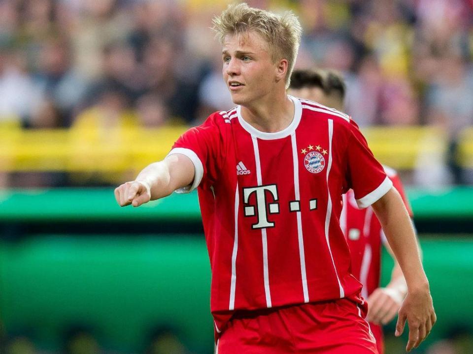 Irmão de Mario Gotze assina contrato profissional com o Bayern de Munique