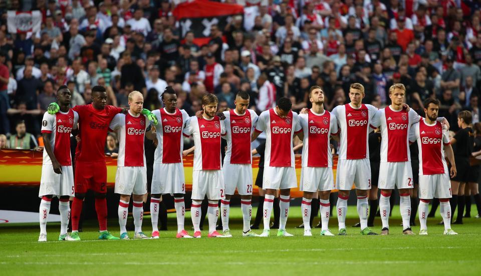 Holanda: Ajax vence AZ Alkmaar e garante «Champions»