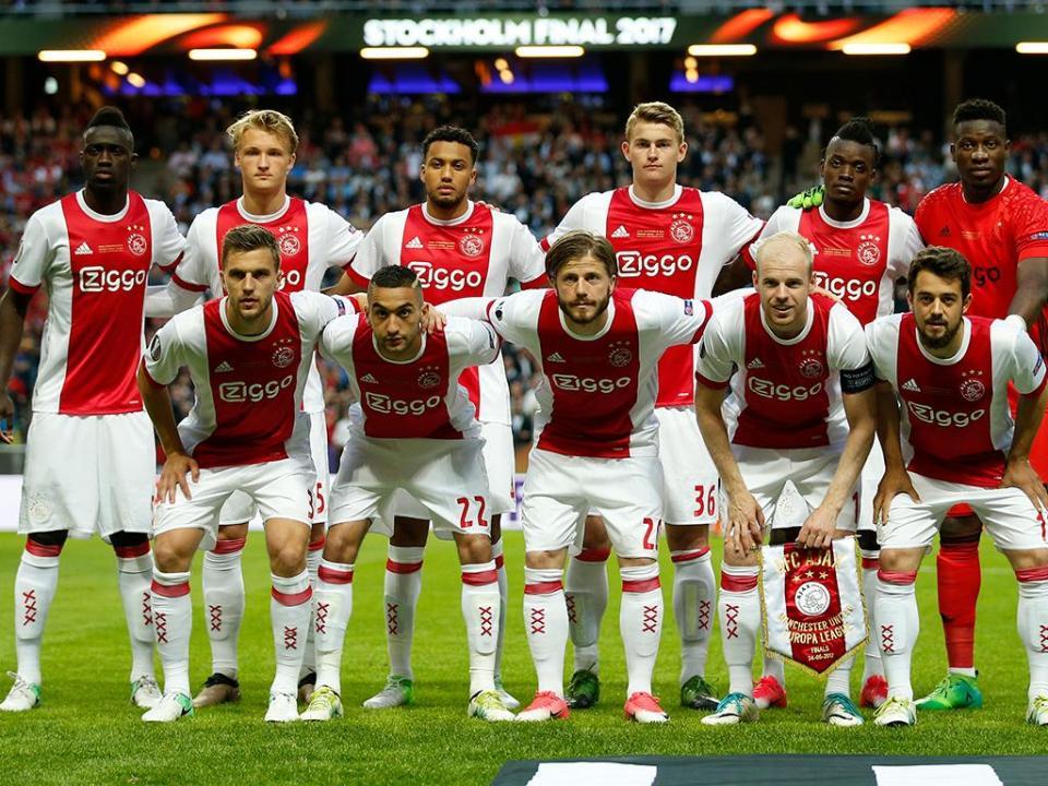 OFICIAL: Ajax tem novo treinador