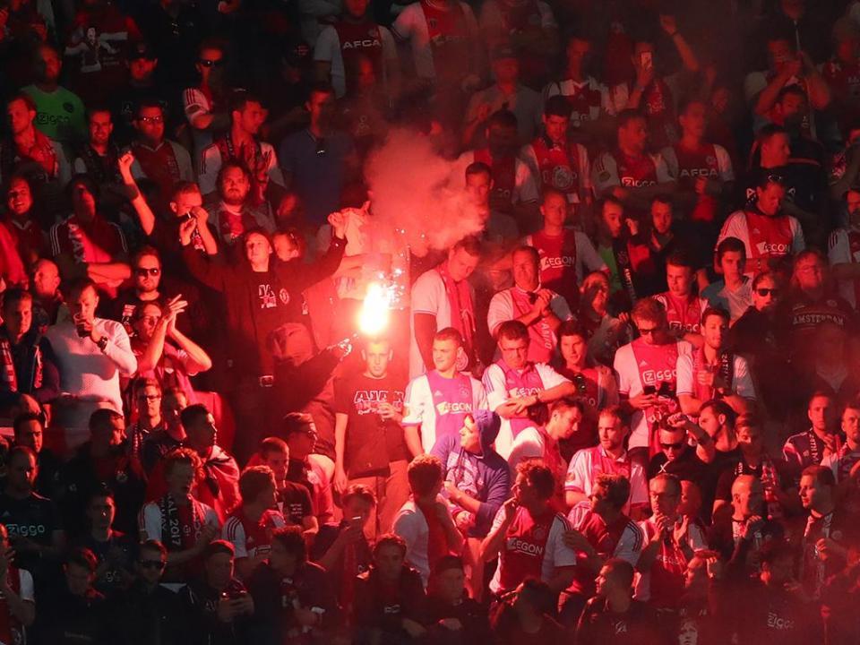 Holanda: Ajax isola-se no segundo lugar, Feyenoord aplica «chapa 7»