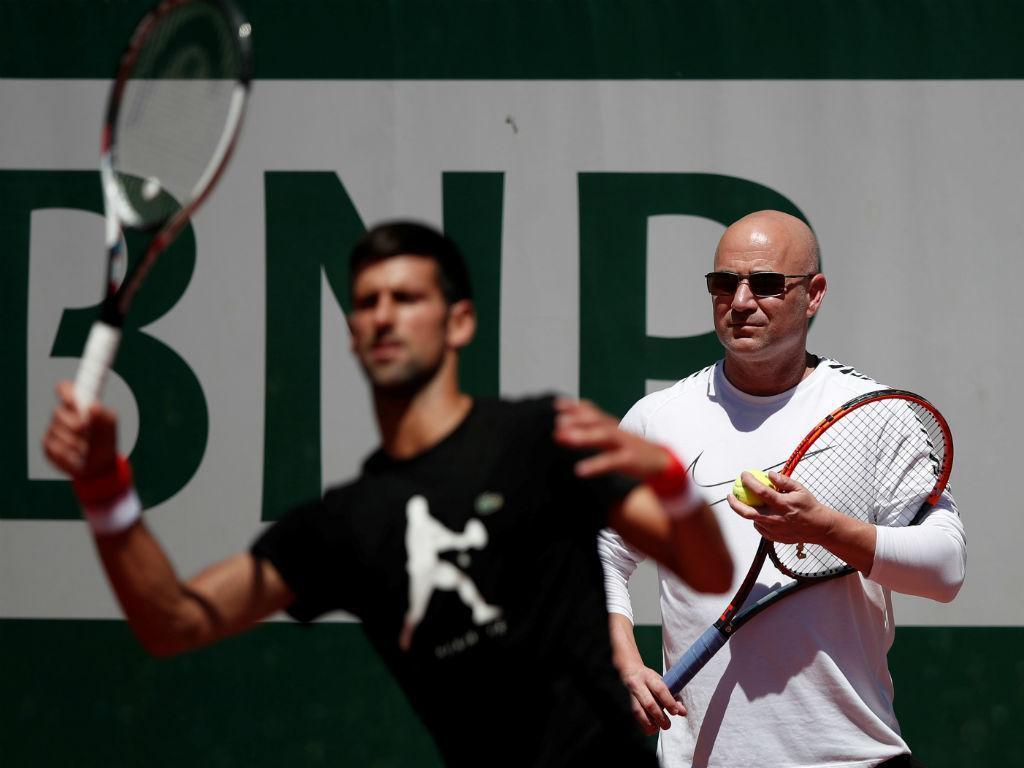 Lenda treina lenda. Andre Agassi é o novo treinador Novak Djokovic
