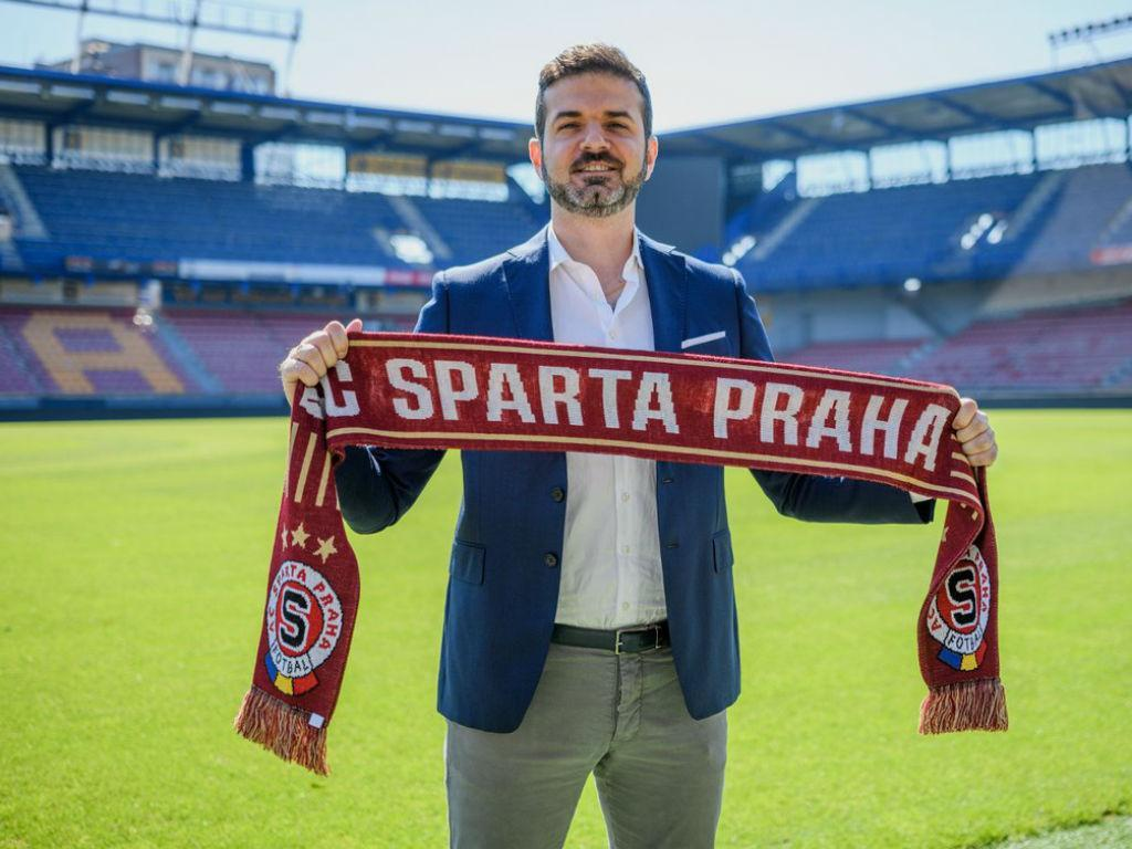 Sparta de Praga despede treinador Andrea Stramaccioni