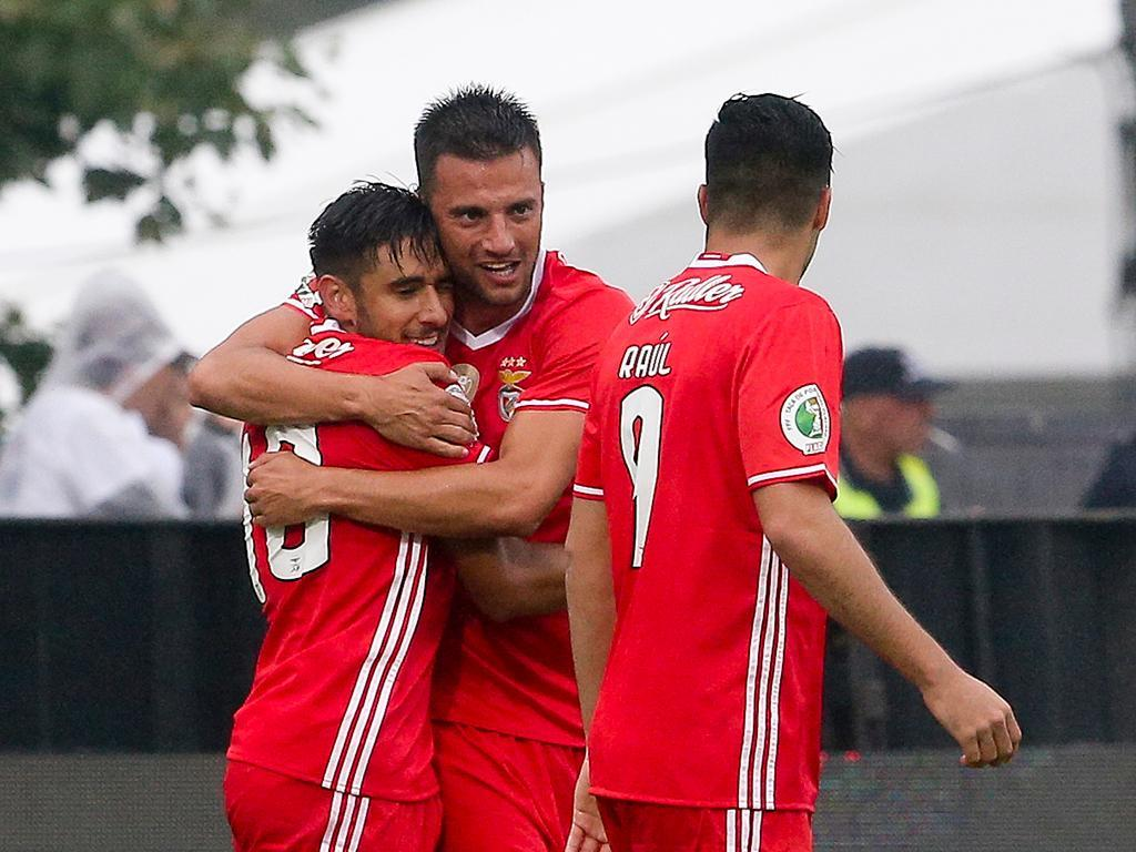 Salvio e Grimaldo integrados em Inglaterra — Benfica