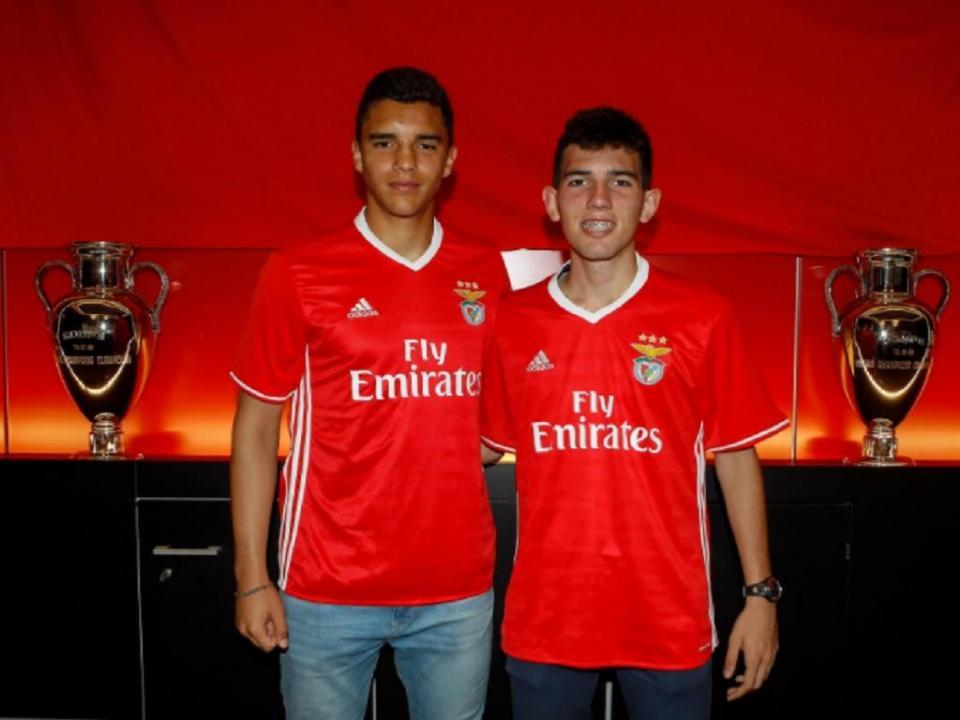 Benfica segura dois internacionais jovens