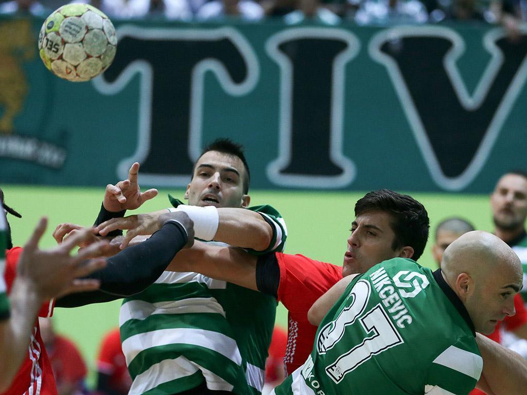 Andebol: Sporting volta a perder na Liga dos Campeões