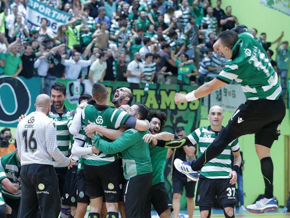 Andebol: Sporting vence Avanca e segue na liderança