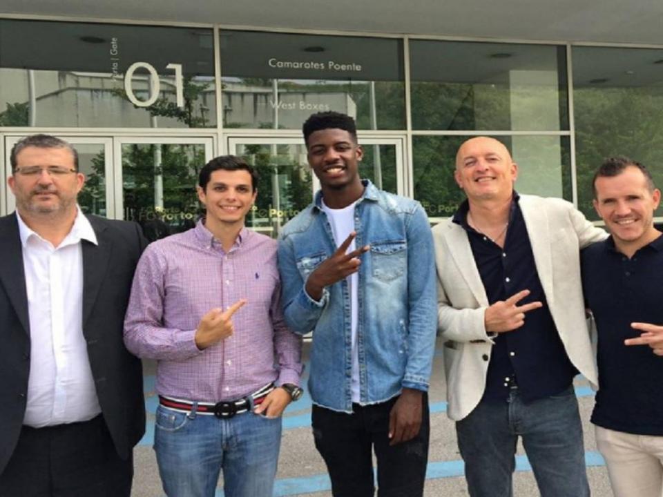 FC Porto B: defesa da Costa do Marfim chega do Lusitano VRSA