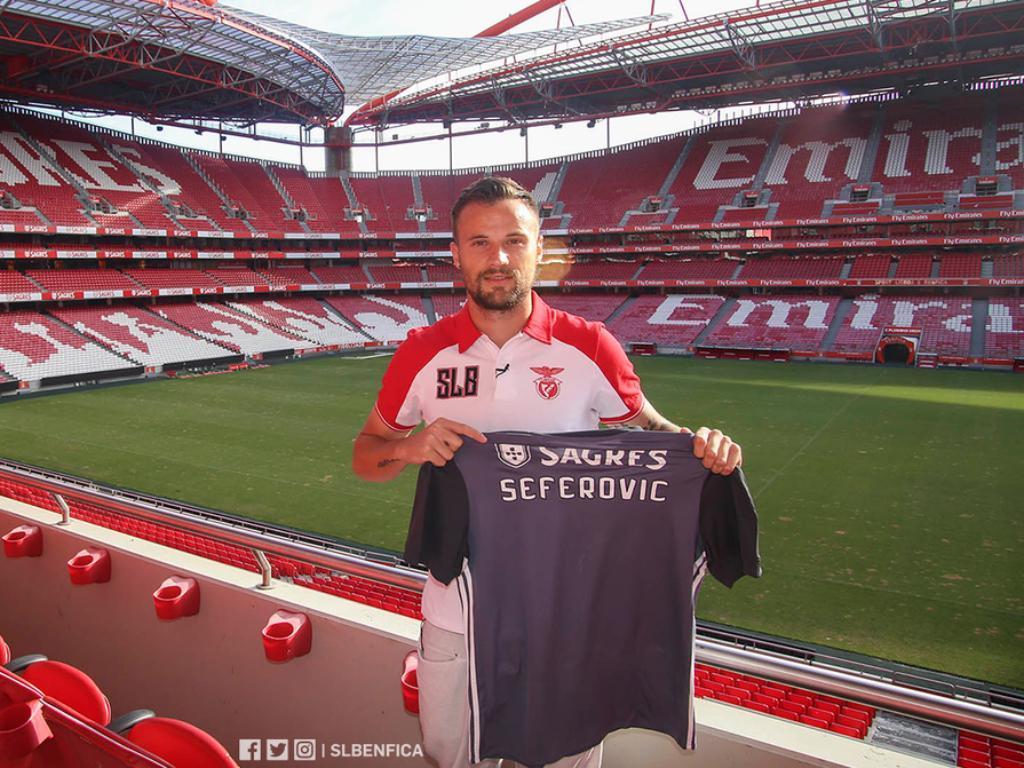 Seferovic já se encontra em Lisboa para assinar contrato — Benfica