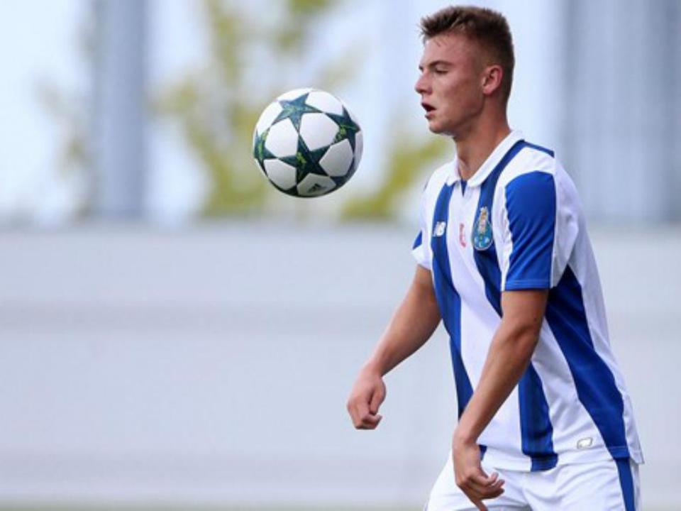 Oleg Reabciuk (FC Porto) titular no nulo da Moldávia