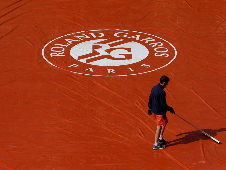 Roland Garros: Grigor Dimitrov apura-se para a segunda ronda